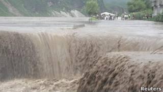 Lũ lụt tàn phá Bắc Hàn