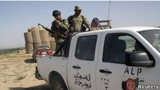 Soldados afganos