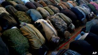 Мусульмане в мечети