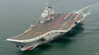 中国辽宁舰进行海试(5/2012)