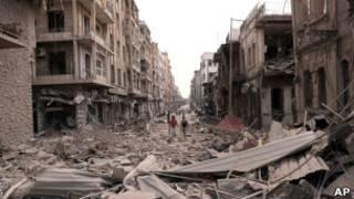 Разрушения после взрывов в Алеппо