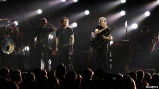Konser untuk korban Topan Sandy.