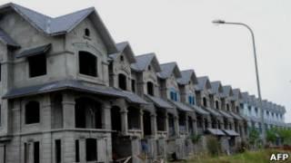 Dự án dở dang ở ngoại ô Hà Nội hồi tháng 10/2012