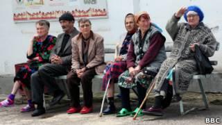 Пожилые жители Душанбе