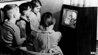 Черно-белый телевизор