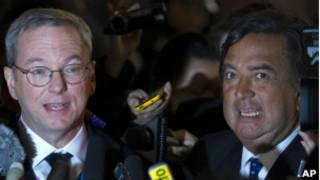 Eric Schmidt y Bill Richardson