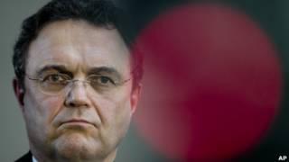 وزير الداخلية الألماني هانز ـ بيتر فريدريتش