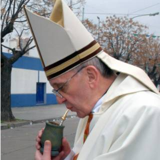 Papa Francisco bebe chimarrão (AFP)