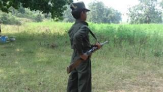 Lính trẻ em của lực lượng Maoist