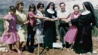Encontro de sobreviventes do Holocausto com freiras que os protegeram