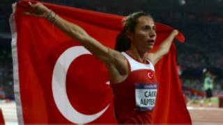 Atlet Aslı Çakır Alptekin doping ile suçlanıyor