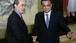 Ông Nguyễn Thiện Nhân gặp Thủ tướng Lý Khắc Cường hồi tháng 5/2013