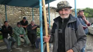 Жители села Двани