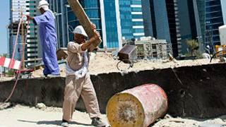 عامل أجنبي في الكويت