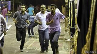 Mursi taraftarlarının gösterisine saldırı düzenlendi