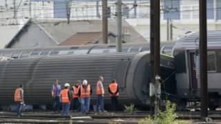القطار خرج عن السكة