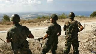Ливанские солдаты охраняют границу с Израилем