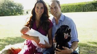 El príncipe George y su familia