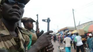 Depuis les incidents avec des combattants de la Seleka, la Fomac, la force africaine en Centrafrique qui assure la sécurité à Bangui.