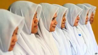 Estudantes muçulmanas indonésias (AP)