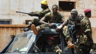 Abarwanyi batembagaje ubutegetsi muri Centre Afrique