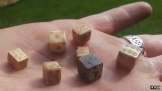 Древние игральные кости