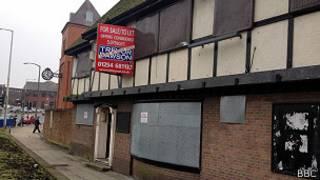 Pub tapiado en Blackburn