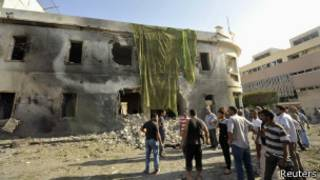 Место взрыва в Бенгази