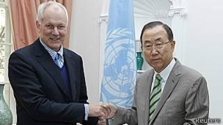 Ake Sellstrom y Ban Ki-moon