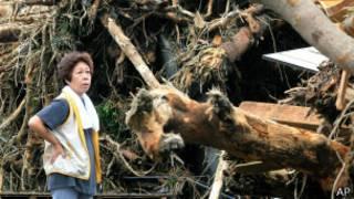 Víctima de tifón Wipha