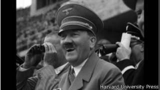 """Адольф Гитлер (Кадр из фильма Лени Рифеншталь """"Олимпия"""")"""
