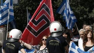 Партия отвергает обвинения в неонацизме