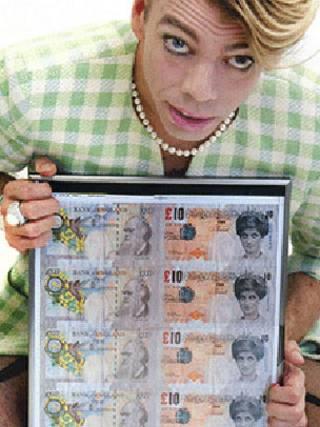 「雙面十鎊紙幣」(Di-faced tenner)