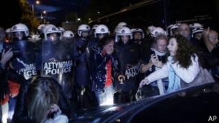 Полиция в Афинах