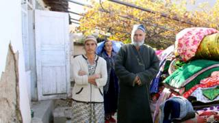 Пострадавшие от землетрясения в Таджикистане