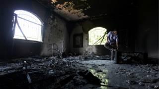 Помещение сгоревшего консульства в Бенгази