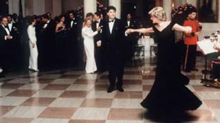 戴安娜王妃1985年在白宫舞会上