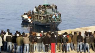 'Yan cirani daga Africa da suka isa tsuburin Lampedusa na Italia