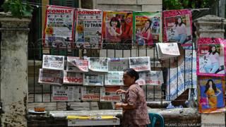 Người bán báo ở Hà Nội