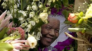 Homenaje a Nelson Mandela en Johannesburgo