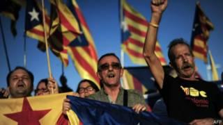 Митингующие за отделение Каталонии