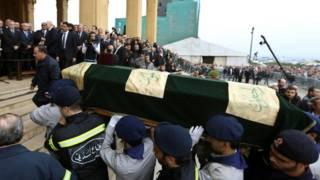 Caixão com o corpo de Mohammed Shattah | Crédito: AP