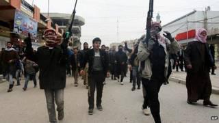 Суннитские боевики в Фаллудже