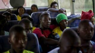 डोमिनिकन रिपब्लिक से हेती मूल के लोगों को उनके देश भेजे जाने का सिलसिला जारी है.