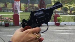 Pistola para mujeres en India