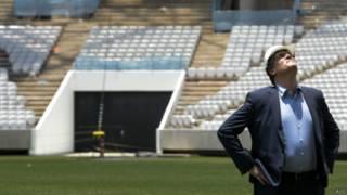 Jerôme Valcke visita a Arena Corinthians, em São Paulo | Foto: AFP