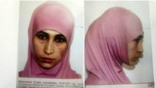 تكثف الشرطة الروسية عمليات البحث عن سيدة يخشى قيامها بعمليات انتحارية خلال دورة الألعاب الأولمبية بمدينة سوتشي الشهر القادم.