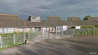 Emerson Valley School em Milton Keynes (Foto: Google)