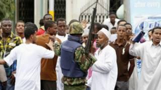 Abigisha ba Islam batandatu baramaze kugandagurwa i Mombasa