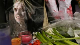 Flores en honor a Philip Seymour Hoffman